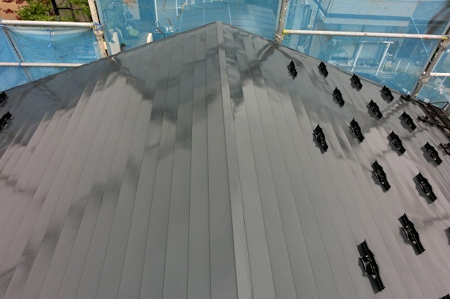 施工後の屋根の西側