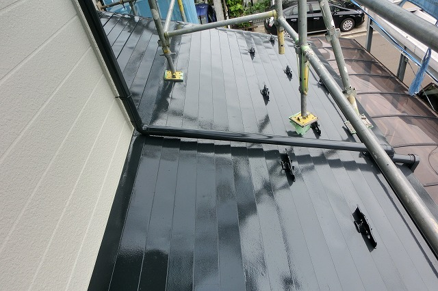 施工後の屋根足場