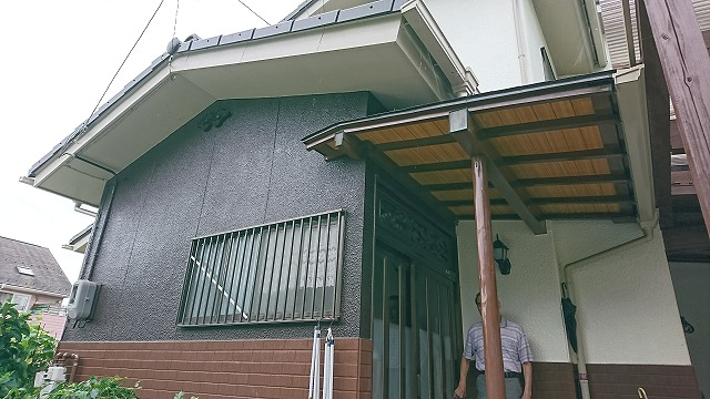外壁玄関付近施工後3点検