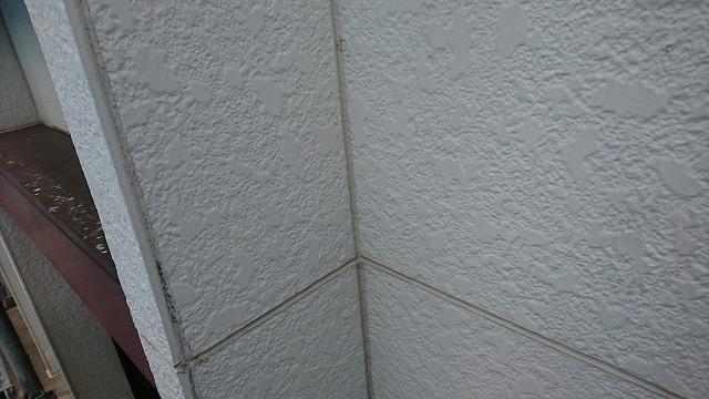 仙台市泉区で外壁塗装工程の外壁目地シーリング打ち直し