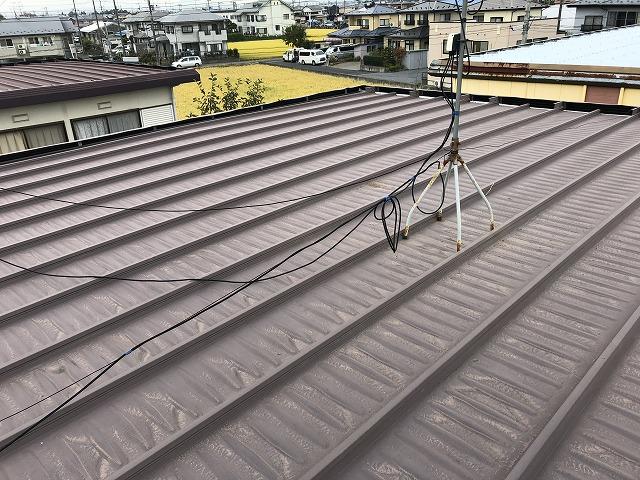 施工前のガルバリウム鋼板陸屋根