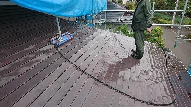 1階屋根の高圧洗浄